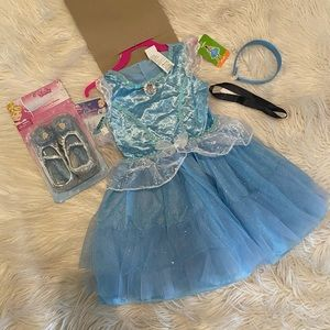 Disney's princess Cinderella costume (D)